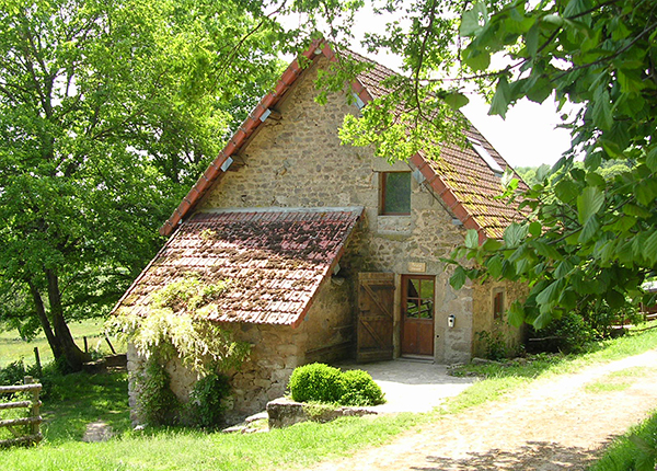 Le croux centre de vacances dans le morvan - Maisons nature et bois ...